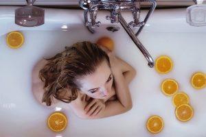 シャワー より 入浴で体を 温める